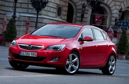 opel-astra-j_img0